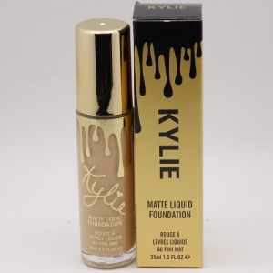 KYLIE MATTE LIQUID FOUNDATION - №04, тональный крем 35 мл